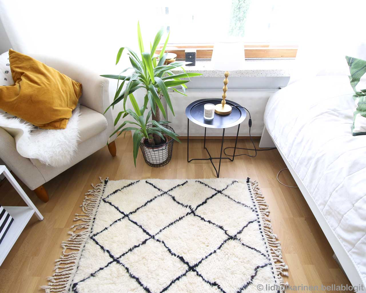 round corner table with glass of milk traditional cheap area rugs